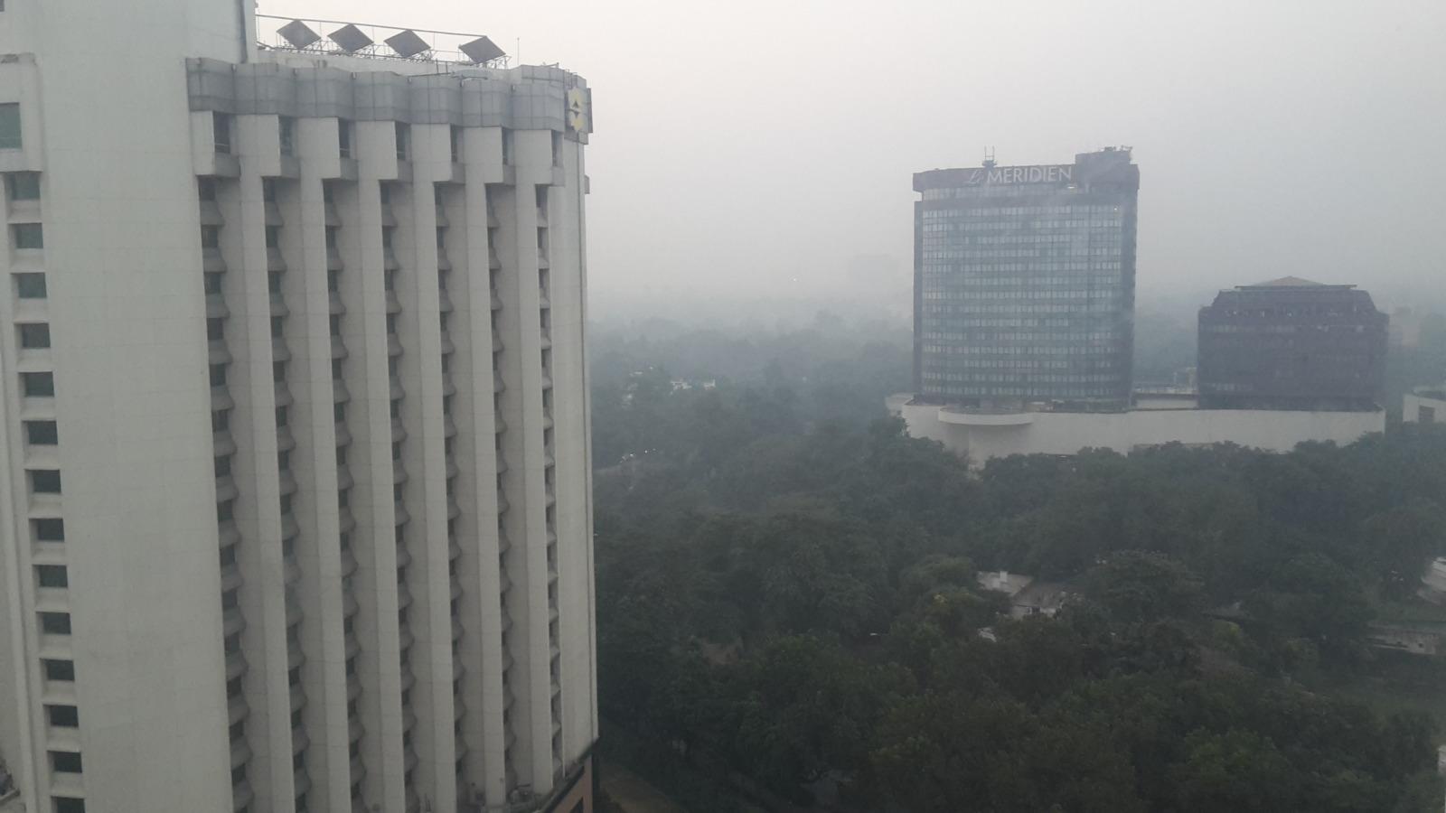 A smoggy Delhi