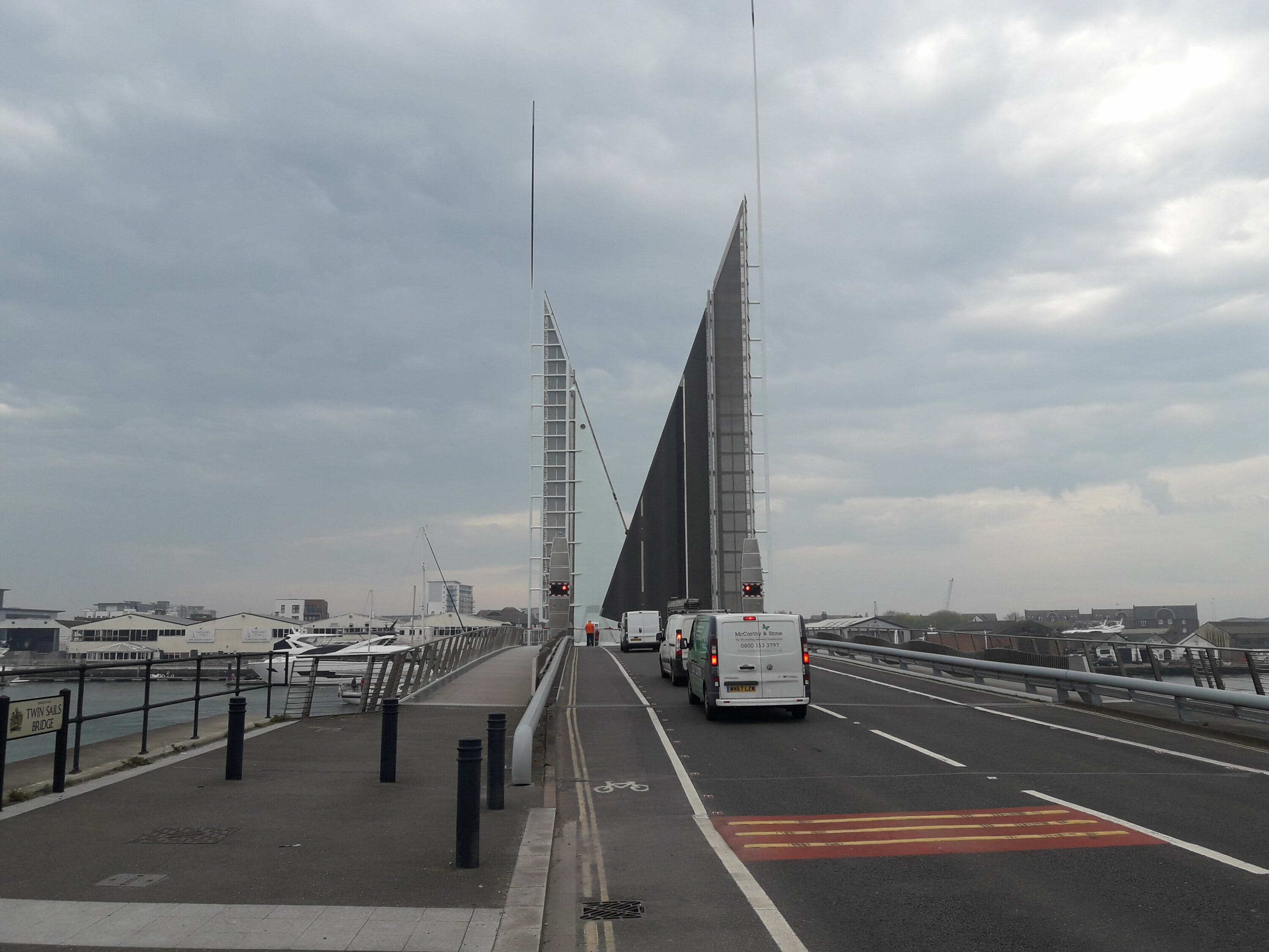 Two sails bridge