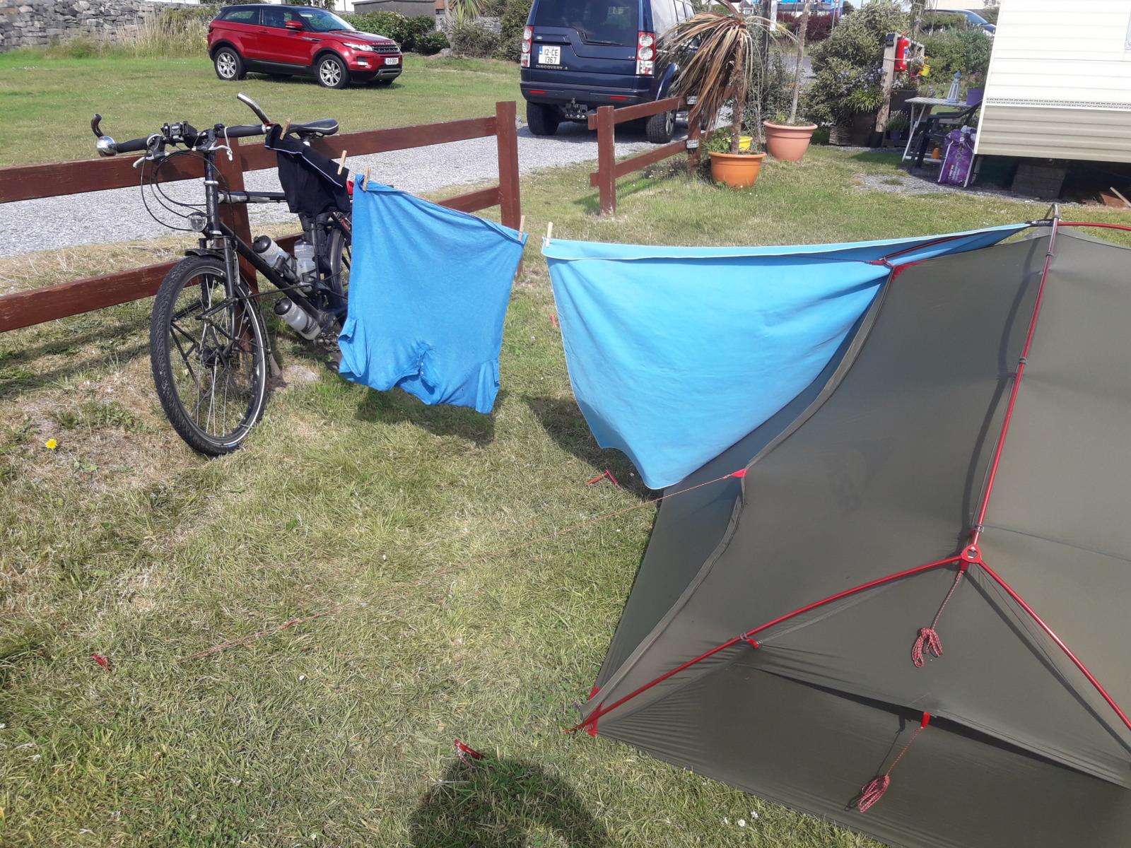 Clothes tent bike