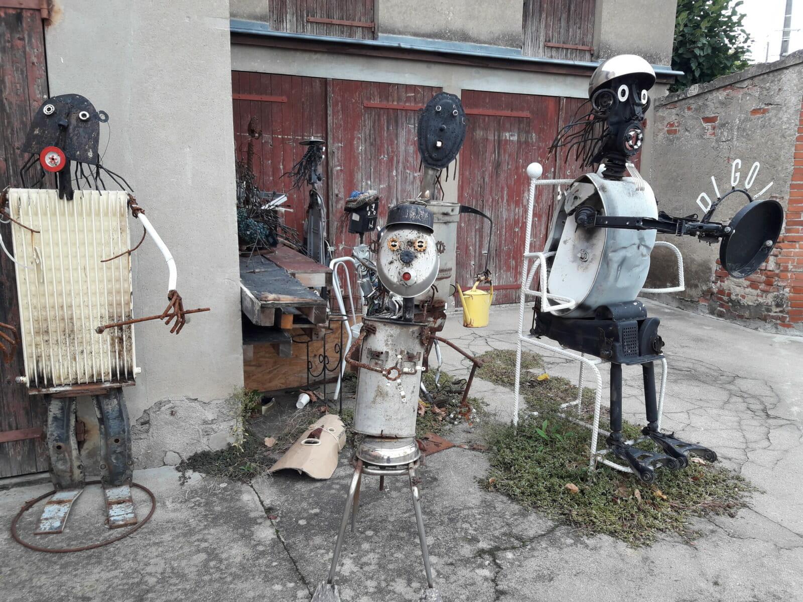 Sculptures made of scrap