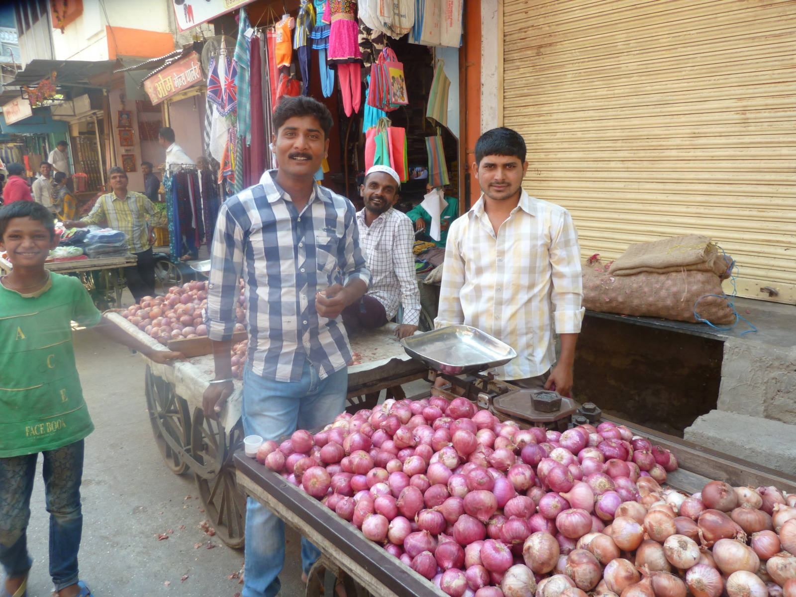 Smiley market traders in India